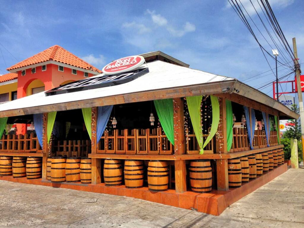 Kan Drink House, one of the local favorites in Bavaro and Punta Cana for nightlife