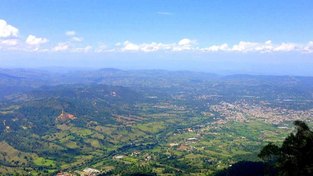 View over Jarabacoa from the Mogote hill