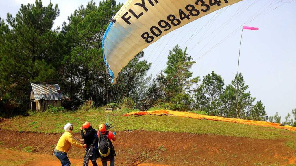 Paragliding in Jarabacoa is a popular outdoor activity in this part of the Dominican Republic