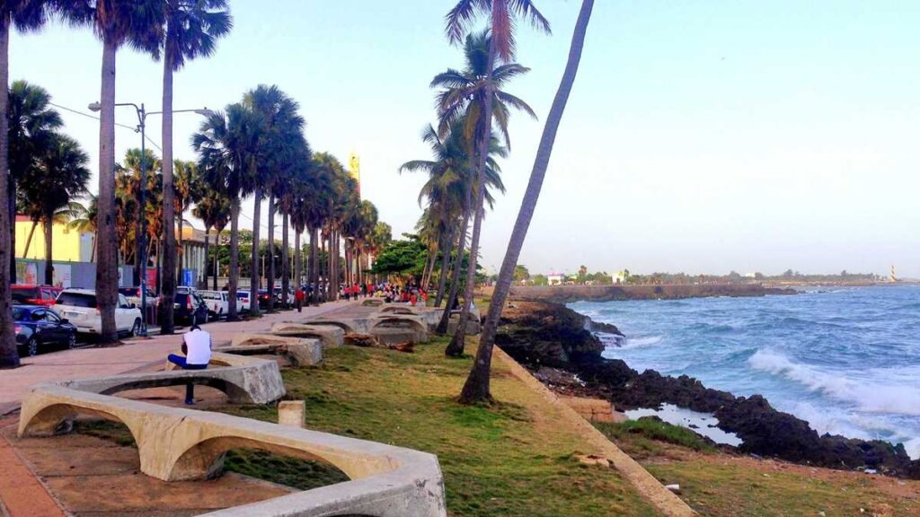 The oceanfront promenade, the Malecon, in Santo Domingo