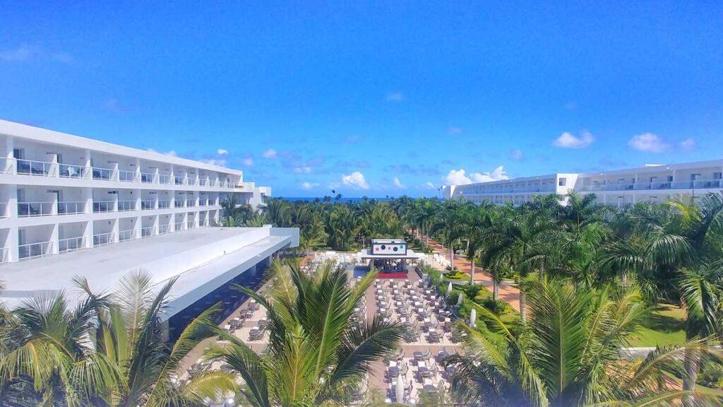 Overview of RIU Republica in Punta Cana