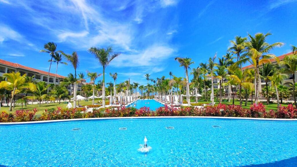 Overview of Secrets Royal Beach, an adults-only all-inclusive resort in Punta Cana