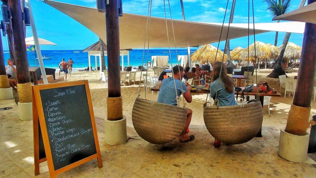 The fantastic beach club at Royalton Punta Diamond Club