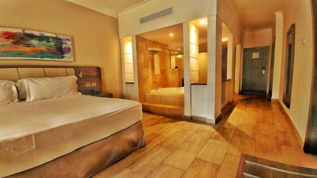 A modern and renovated room at Royalton Splash
