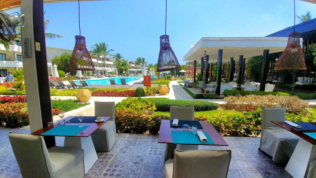 Outdoor terrace at the Thalassa buffet at Catalonia Royal Bavaro in Punta Cana