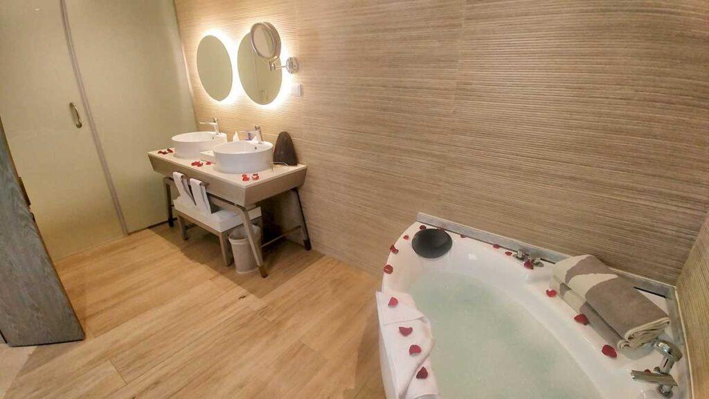 The bathroom in the honeymoon suite at Grand Bavaro Princess