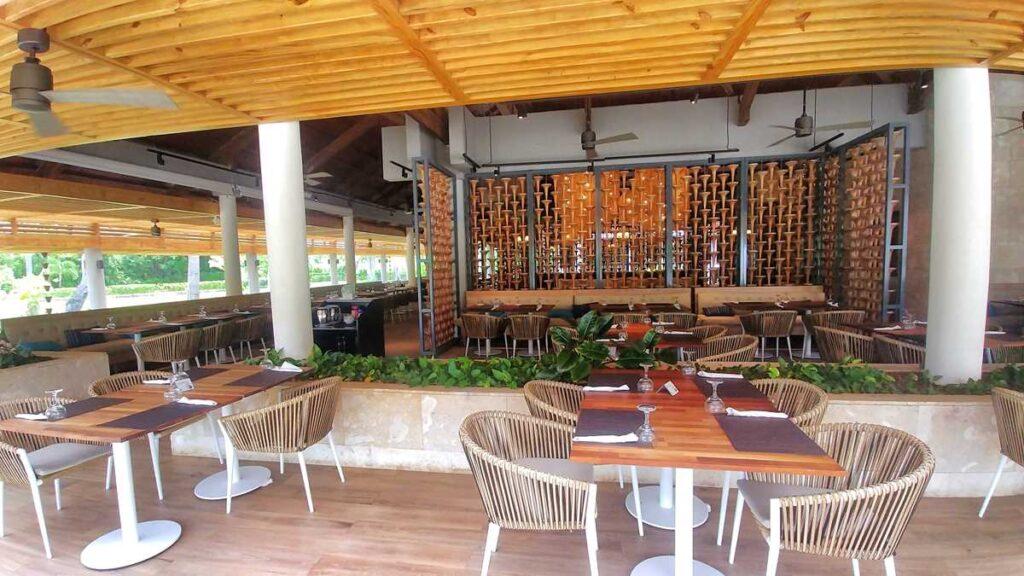 The main buffet at Grand Bavaro Princess, accessible from Princess Family Club Bavaro
