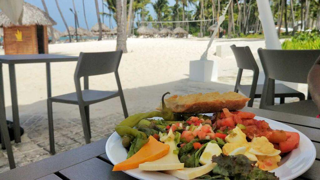 Delicious beachfront food at Grand Bavaro Princess Platinum Club