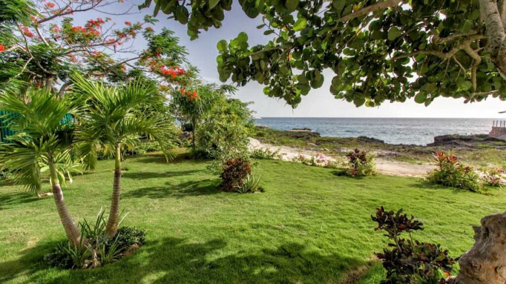 View from a beautiful oceanfront apartment in Bayahibe